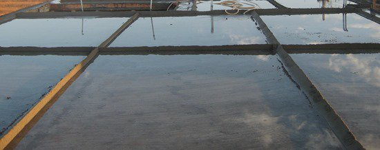 water curing concrete