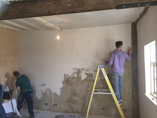 Cement Plaster and Cement Lime Plaster
